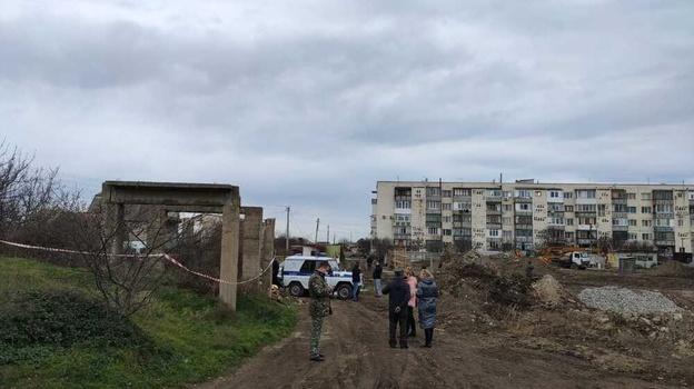 В Следкоме рассказали подробности гибели подростка в Севастополе от бетонной плиты