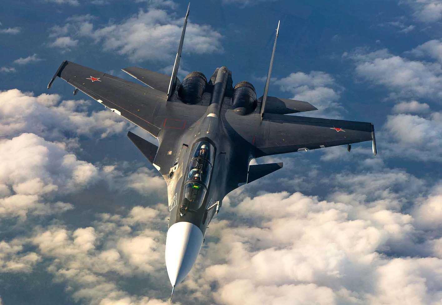 Боевые самолеты и вертолеты устроят воздушное шоу в Крыму